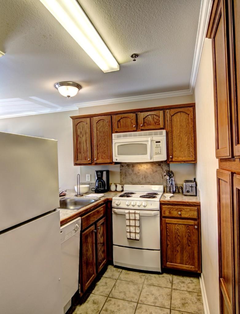 4 - kitchen